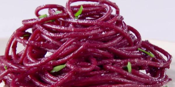 spaghetti-al-vino-rosso-ricetta-novita-exclusive-wine-1680x616